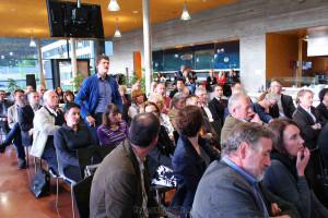 Die Besucher der Podiumsdiskussion zum Thema Infrastruktur im Triestingtal erwiesen sich als höchst fachkundig und stellten die richtigen Fragen.