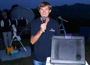 Herr Gerhard Kermer vom Astronomieverein ANTARES präsentierte uns Zusammenhänge und wissenschaftliche Erkenntnisse auf unterhaltsame Art