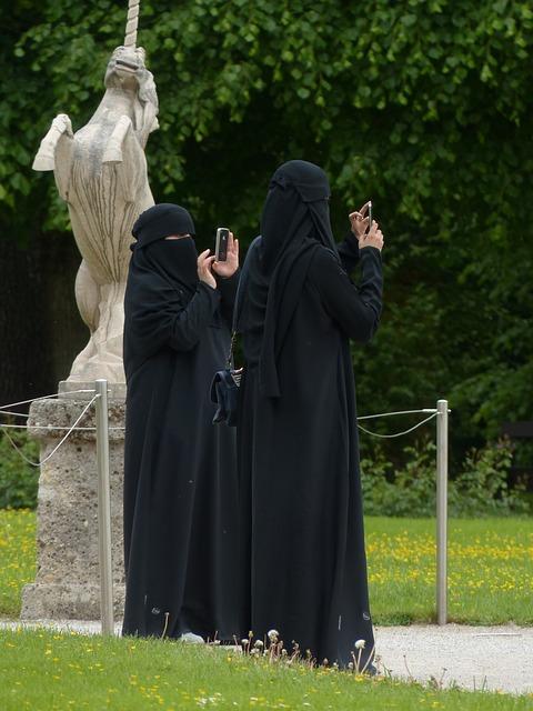 burka 1445342506