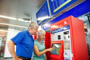 Die neuen Tarife im Fahrplan 2016 steigen um etwa 1%   ©: ÖBB/Harald Eisenberger