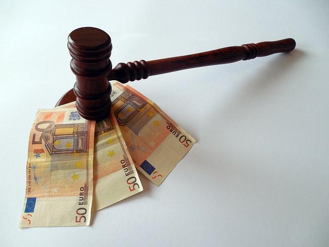 Bestimmte Gerichtskosten werden reduziert | © succo