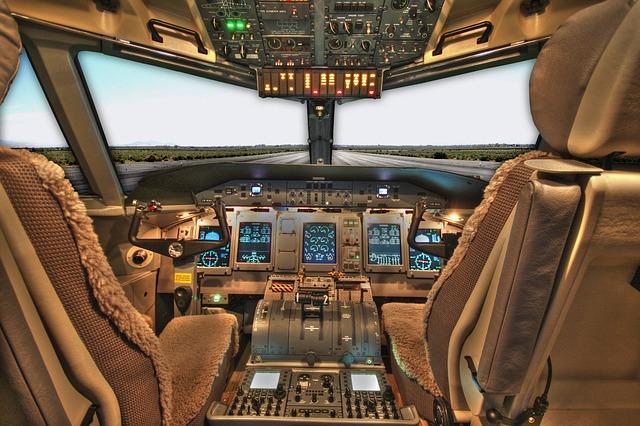 pilot 1451815379