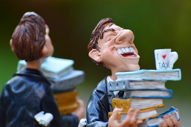 Gewisse Konzerne bescheissen den Staat täglich um Millionen - während sich Kleinbürger wegen ein paar Euros gegenseitig beim Finanzamt anzeigen | Alexas_Fotos / Pixabay