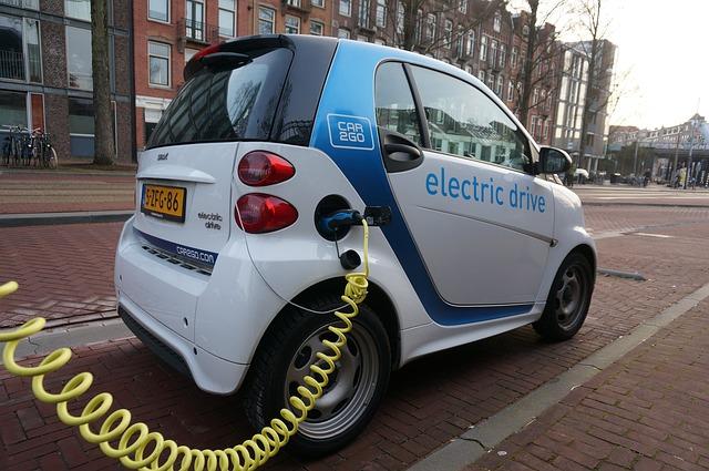 elektroauto 1460563432