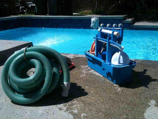 Pool 1466251369