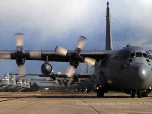 C-130 Hercules | © Senior Airman Melissa Sheffield, U.S. Air Force [Public domain], via Wikimedia Commons