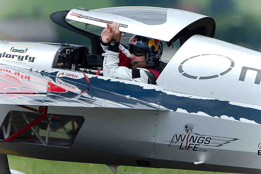Hannes Arch bei der Airpower 2011 auf einer Zivko Edge 540 | © von User:MatthiasKabel