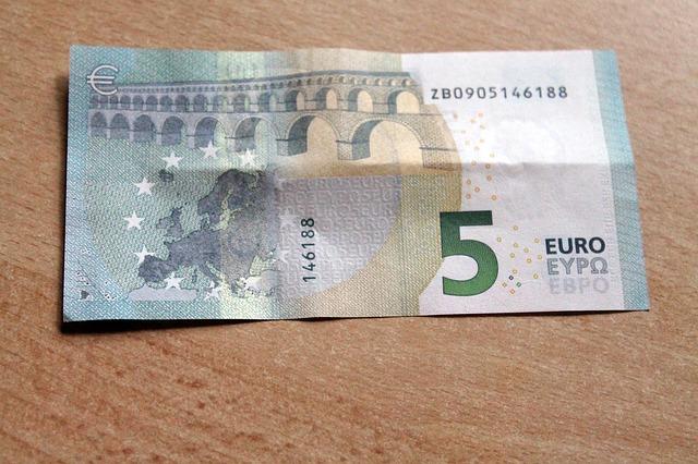 5 euro 1477731213