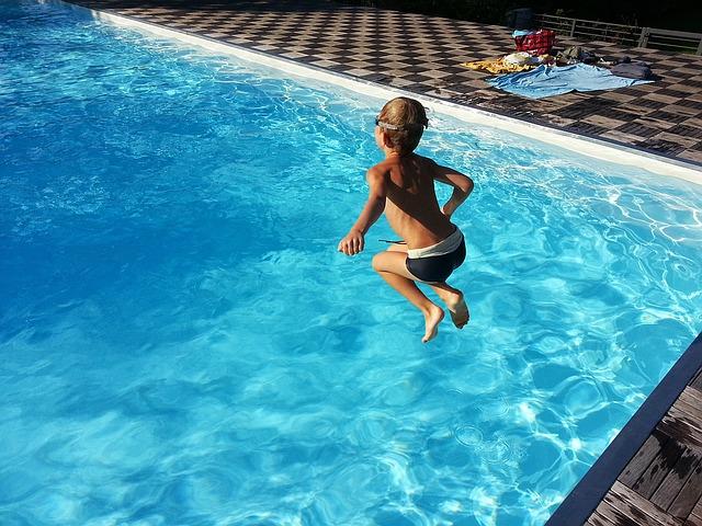 schwimmbad 1497801067