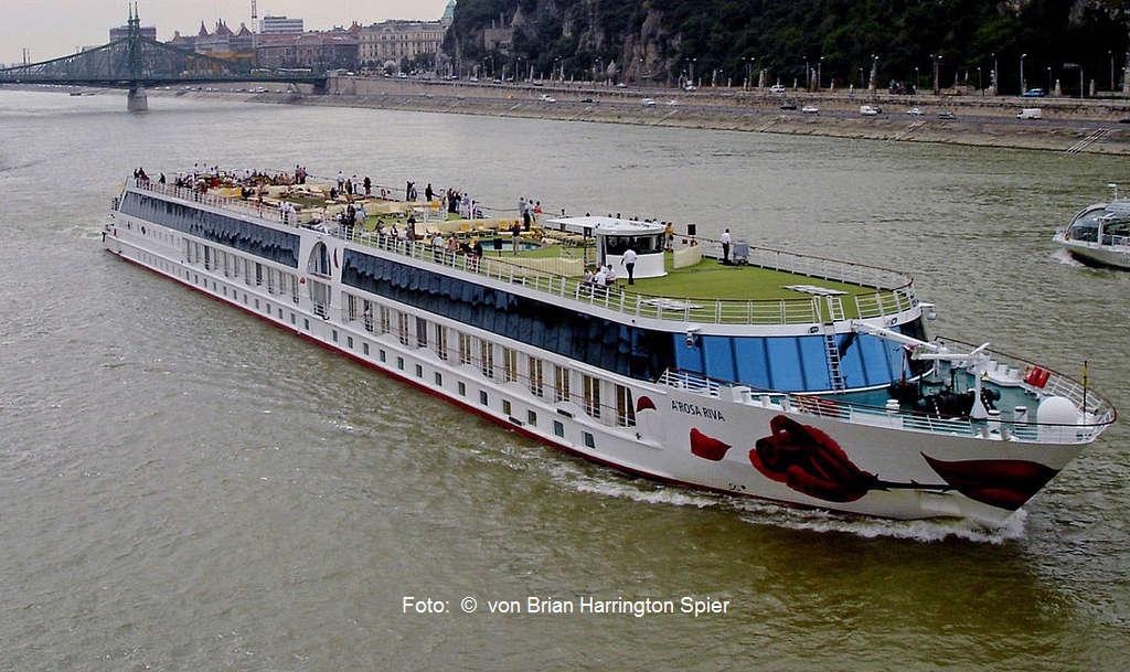 Donau-Passagierschiff MS A-Rosa Riva (Symbolbild) | Foto: © von Brian Harrington Spier