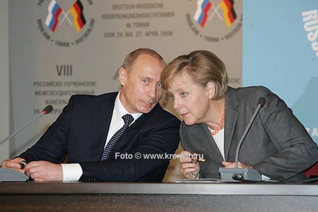 Wladimir Putin und Angela Merkel | © www.kremlin.ru