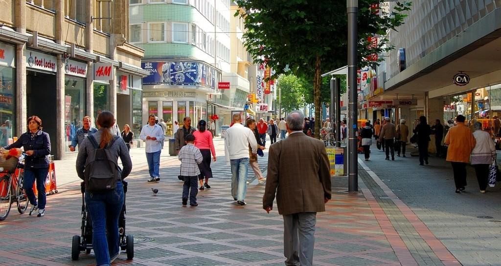 Fußgängerzone, Einkaufsstraße