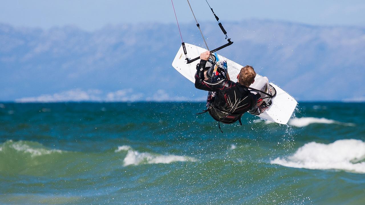 Kite Surfen 1525943837