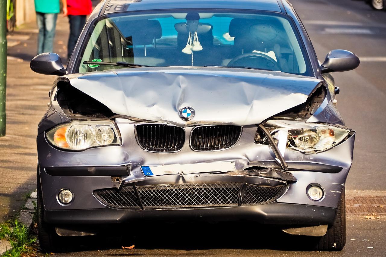autounfall 1542276323