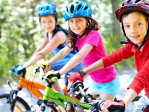 Radfahrer, Kinder, Fahrrad, Radweg, Verkehr, Straße, Rennrad