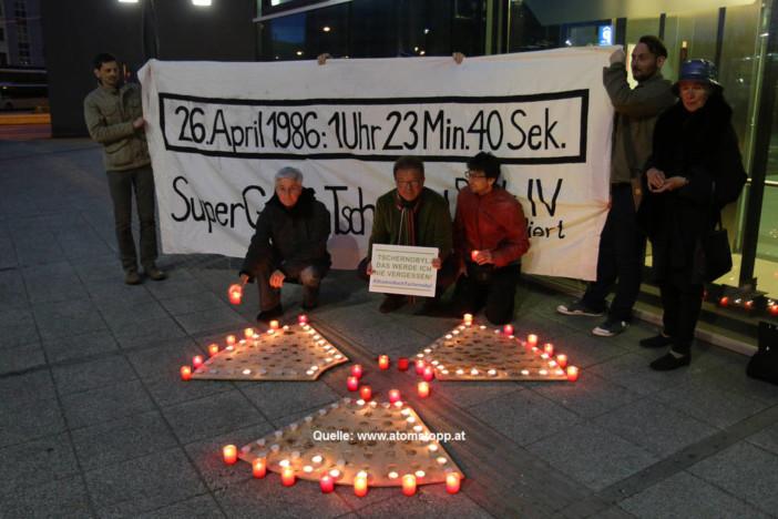 25. April 2016 Lesung und Lichteraktion in Linz anlässlich Tschernobyl_30