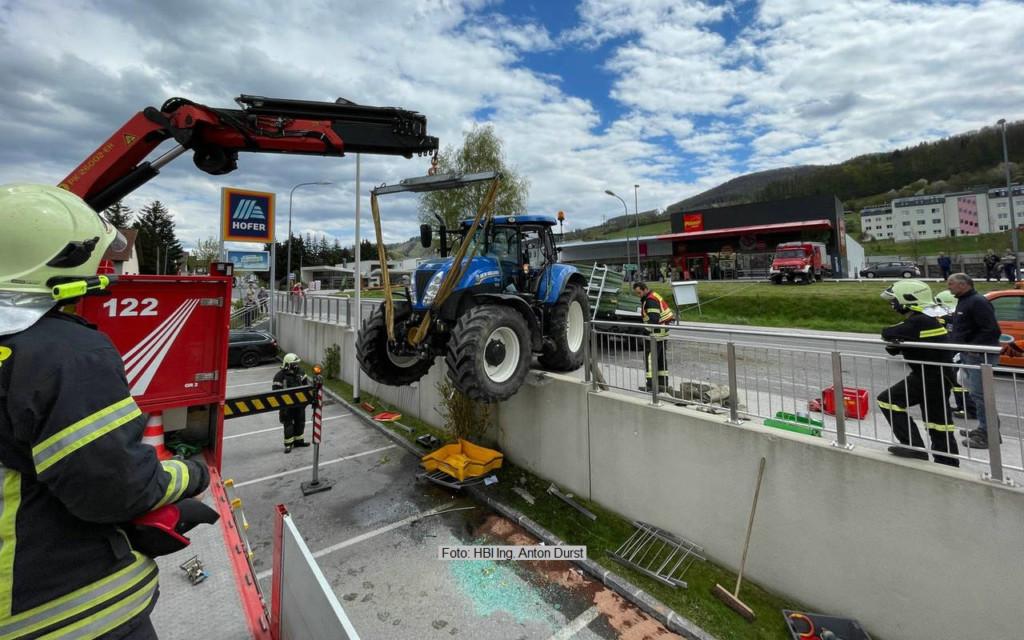 VU mit Traktor und Hänger 6.5.21
