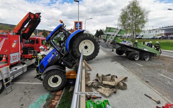 VU mit Traktor und Hänger 6.5.21 | Foto: HBI Ing. Anton Durst